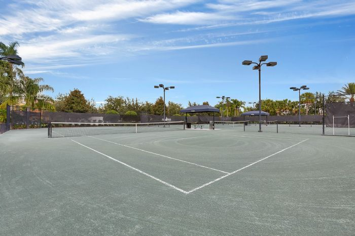Exterior-06-Community-Tennis Courts.jpg