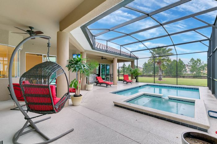 3017-isola-bella-blvd--mt-dora--fl-32757----07---pool.jpg