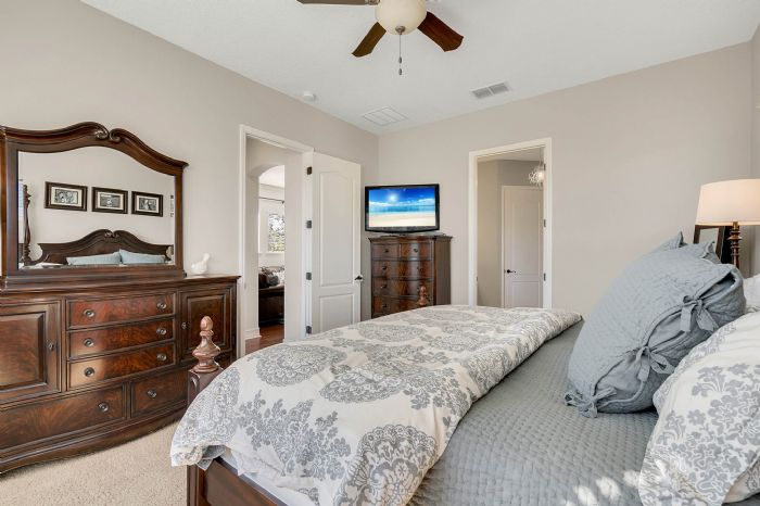 13795-heaney-ave--orlando--fl-32827---25---master-bedroom.jpg