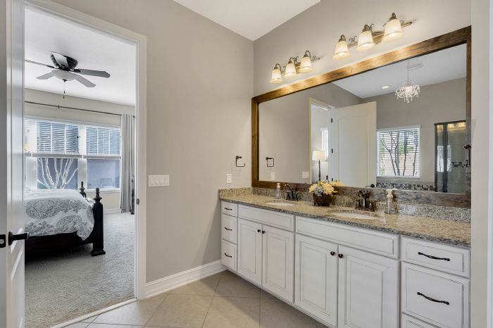 13795-heaney-ave--orlando--fl-32827---26---master-bathroom.jpg