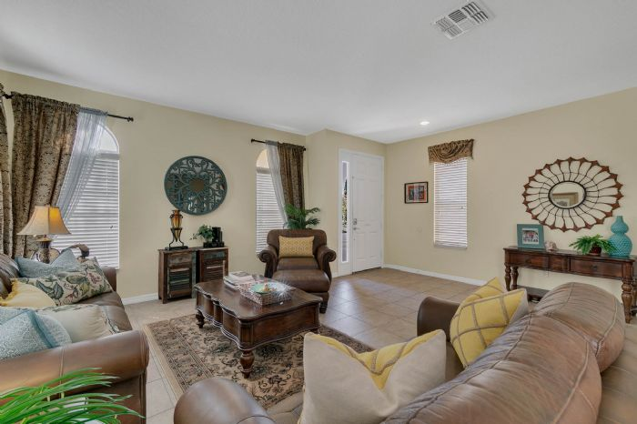 1151-marcello-blvd--kissimmee--fl-34746---10---living-room.jpg