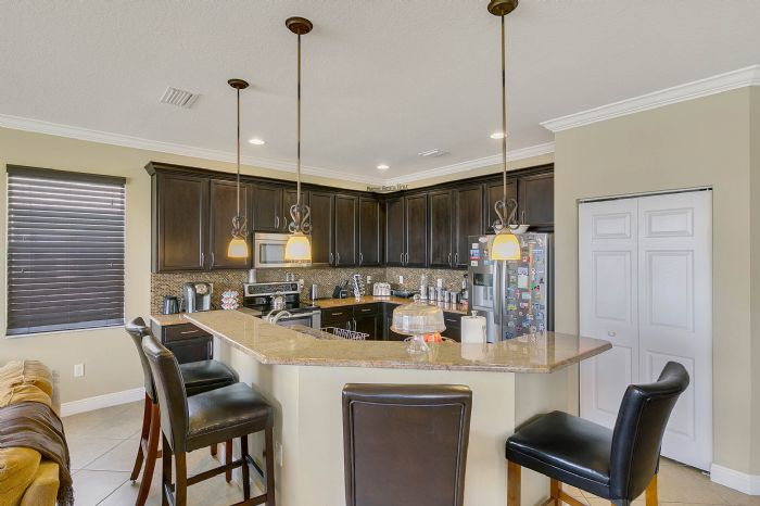 2829-sail-breeze-way--kissimmee--fl-34744---13---kitchen.jpg