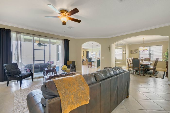 2829-sail-breeze-way--kissimmee--fl-34744---19---living-room.jpg