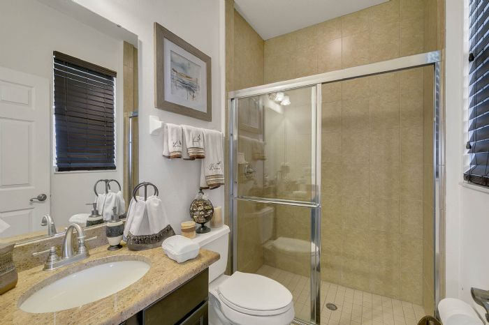 2829-sail-breeze-way--kissimmee--fl-34744---22---bathroom.jpg