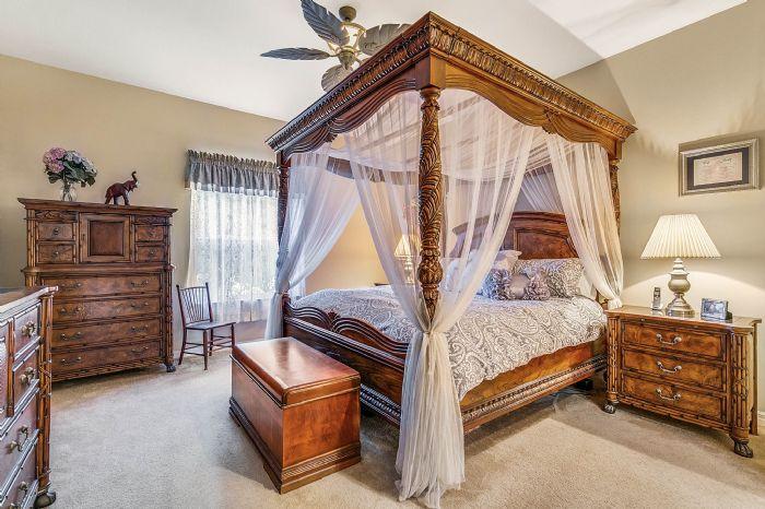 25305-laurel-valley-rd--leesburg--fl-34748----20---master-bedroom.jpg