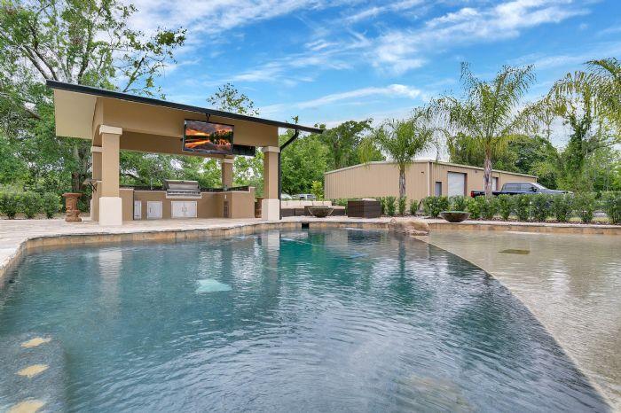 524-eden-park-rd--altamonte-springs--fl-32714---07---pool.jpg