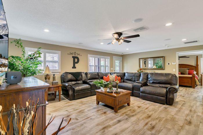 524-eden-park-rd--altamonte-springs--fl-32714---13---living-room.jpg