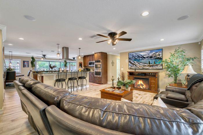 524-eden-park-rd--altamonte-springs--fl-32714---14---living-room.jpg