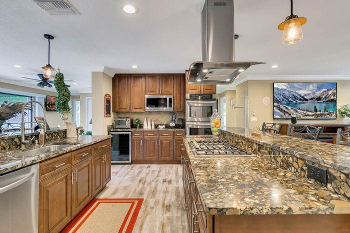 524-eden-park-rd--altamonte-springs--fl-32714---16---kitchen.jpg