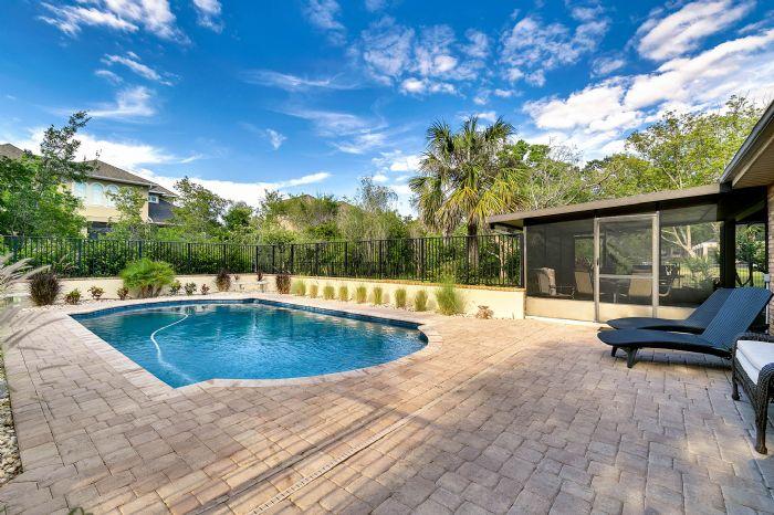 14127-country-estate-dr--winter-garden--fl-34787----04---pool.jpg