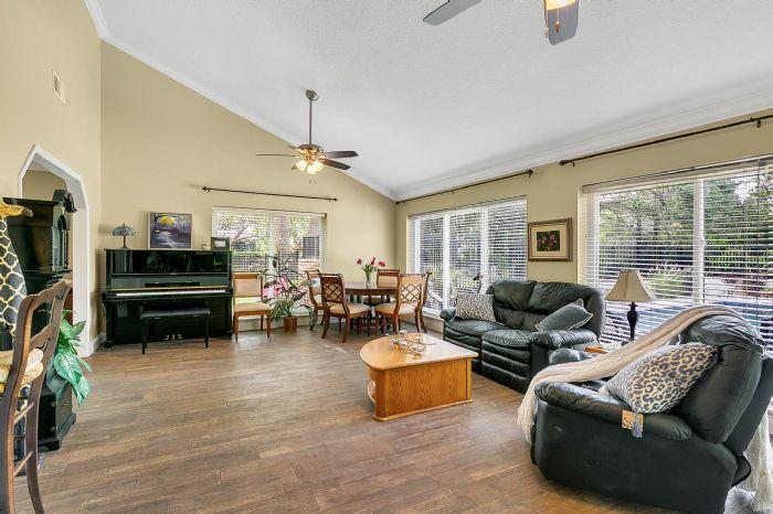 14127-country-estate-dr--winter-garden--fl-34787----18---living-room.jpg