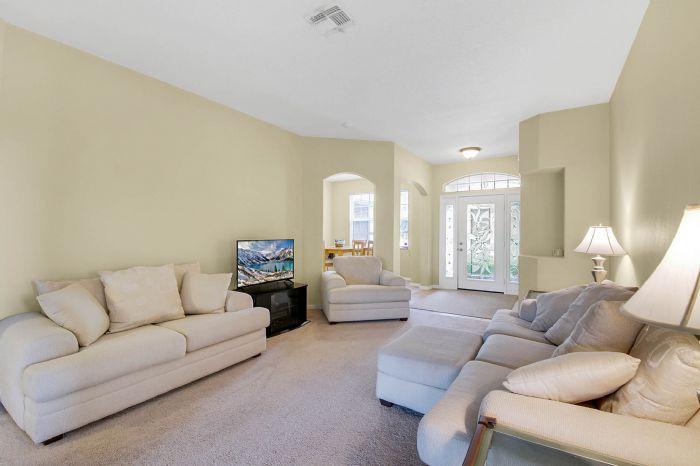 3690-fallscrest-cir--clermont--fl-34711----07---living-room.jpg