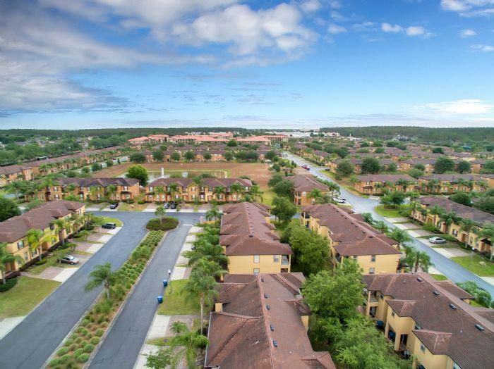 956-calabria-ave--davenport--fl-33897----06---aerial.jpg