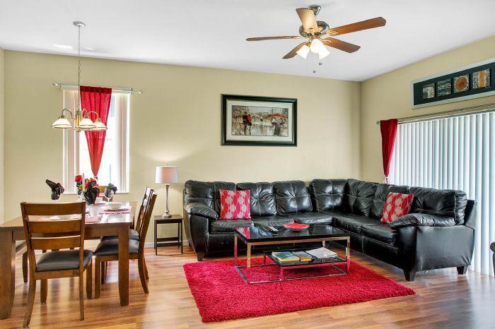 956-calabria-ave--davenport--fl-33897----14---family-room.jpg