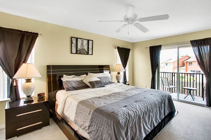 956-calabria-ave--davenport--fl-33897----25---master-bedroom.jpg