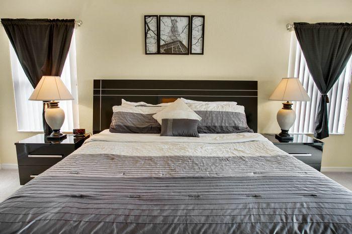 956-calabria-ave--davenport--fl-33897----26---master-bedroom.jpg
