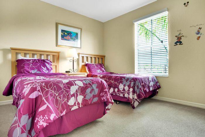 956-calabria-ave--davenport--fl-33897----33---bedroom.jpg