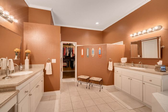 3930-brookmyra-dr--orlando--fl-32837----29---bathroom.jpg