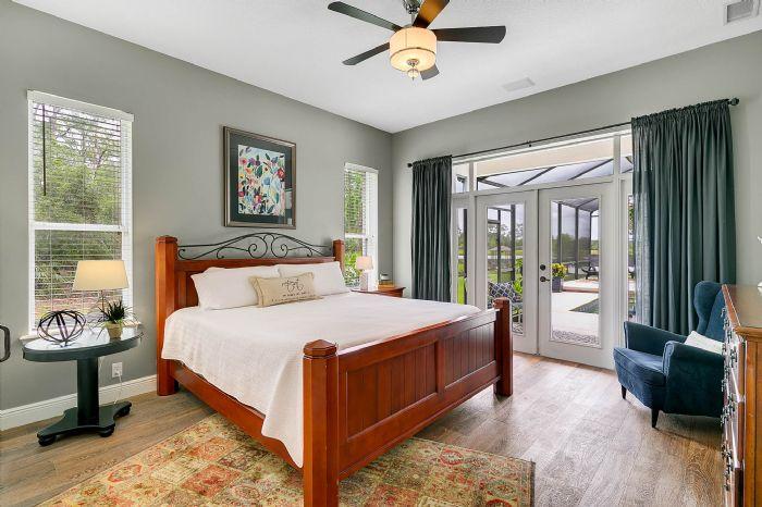 601-pine-hill-blvd--geneva--fl-32732----20---master-bedroom.jpg