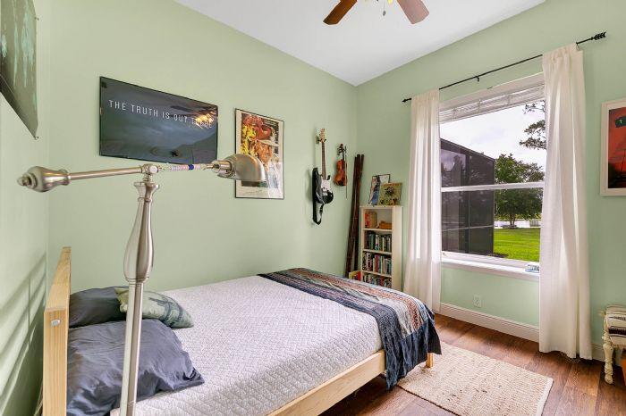 601-pine-hill-blvd--geneva--fl-32732----26---bedroom.jpg