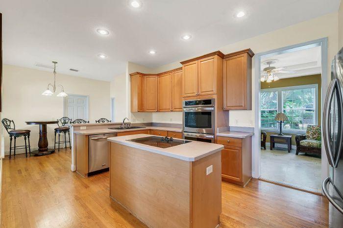 36409-e-eldorado-lake-dr--eustis--fl-32736---22---kitchen.jpg