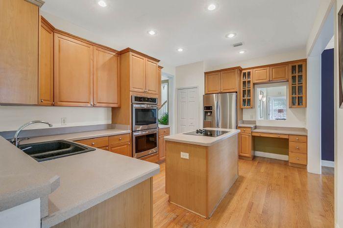 36409-e-eldorado-lake-dr--eustis--fl-32736---23---kitchen.jpg