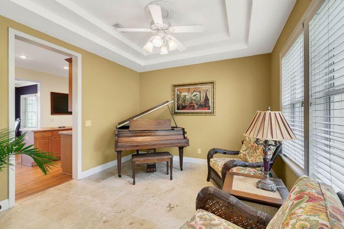 36409-e-eldorado-lake-dr--eustis--fl-32736---26---living-room.jpg