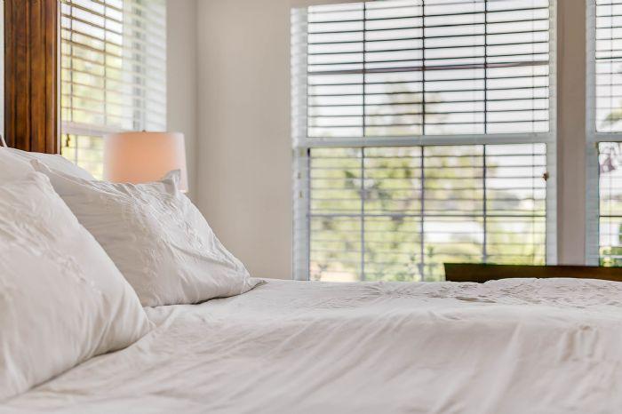 36409-e-eldorado-lake-dr--eustis--fl-32736---31---master-bedroom.jpg