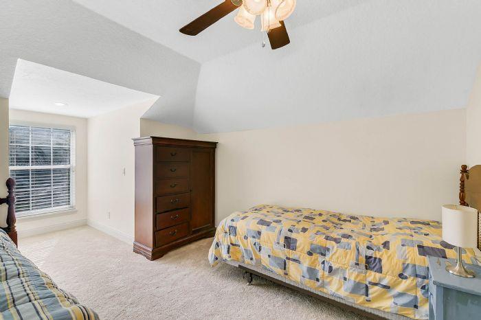 36409-e-eldorado-lake-dr--eustis--fl-32736---33---bedroom.jpg