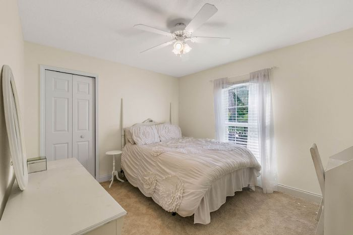 36409-e-eldorado-lake-dr--eustis--fl-32736---34---bedroom.jpg