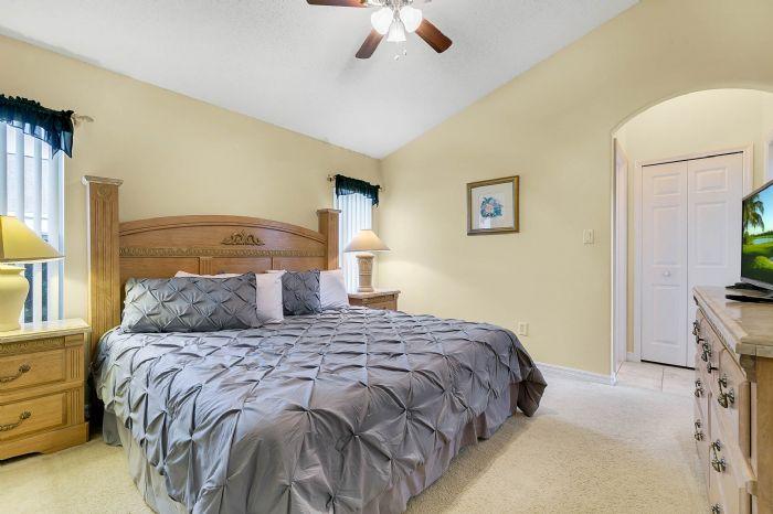 2915-anhinga-hill-st--clermont--fl-34714----12---master-bedroom.jpg