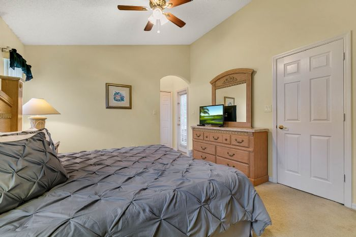 2915-anhinga-hill-st--clermont--fl-34714----13---master-bedroom.jpg