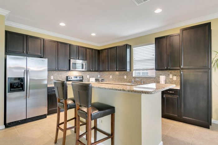 15734-starlite-st--clermont--fl-34714----11---kitchen.jpg