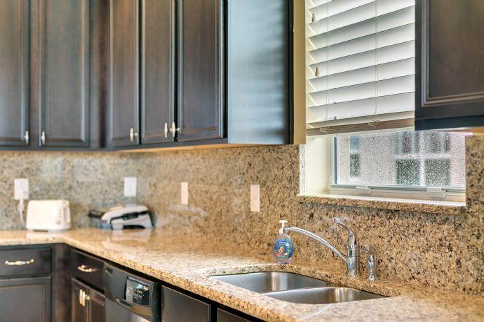 15734-starlite-st--clermont--fl-34714----15---kitchen.jpg