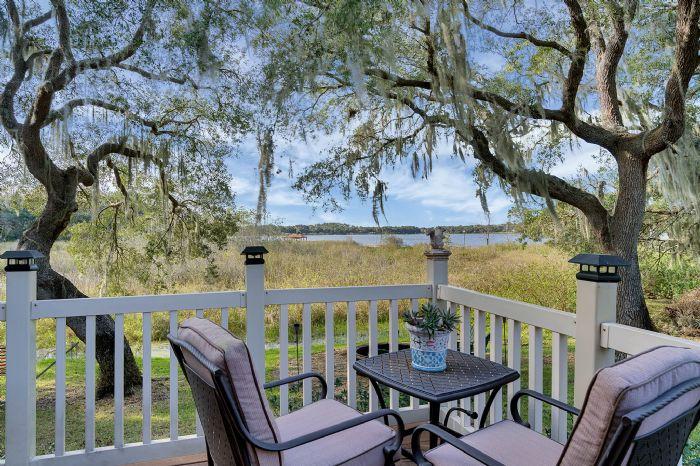 18033-rose-st--groveland--fl-34736----15---porch.jpg