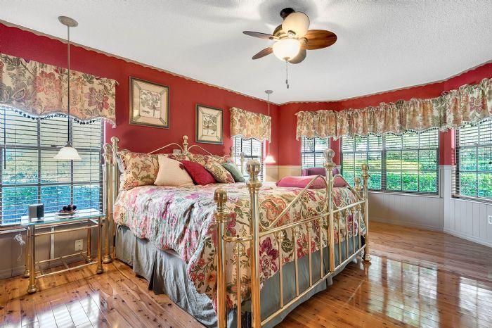 18033-rose-st--groveland--fl-34736----34---master-bedroom.jpg