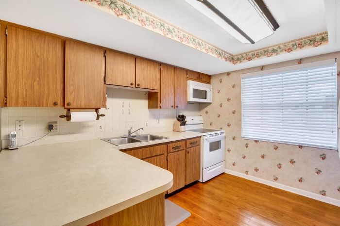 112-lakeview-dr-auburndale-fl-3382306kitchen-2.jpg