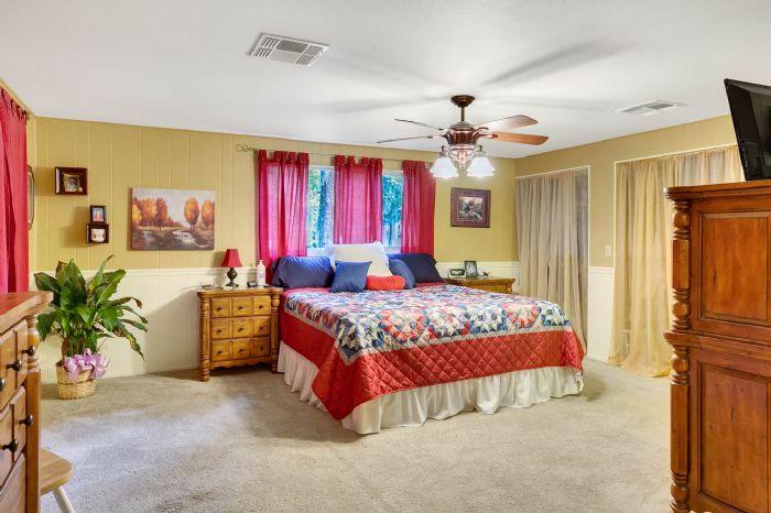 112-lakeview-dr-auburndale-fl-3382310master-bedroom-1.jpg