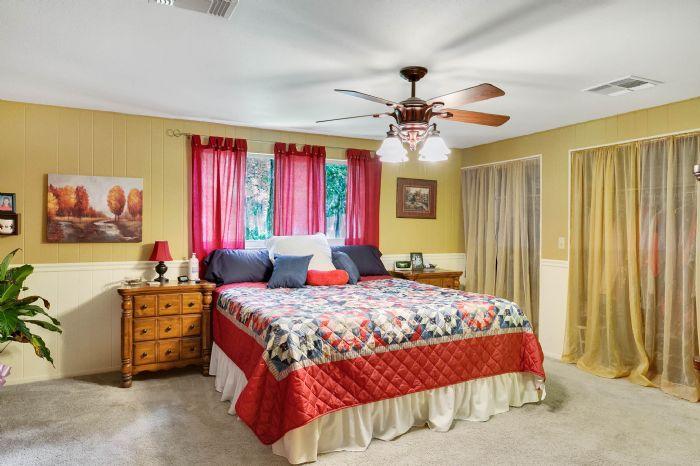 112-lakeview-dr-auburndale-fl-3382311master-bedroom-2.jpg
