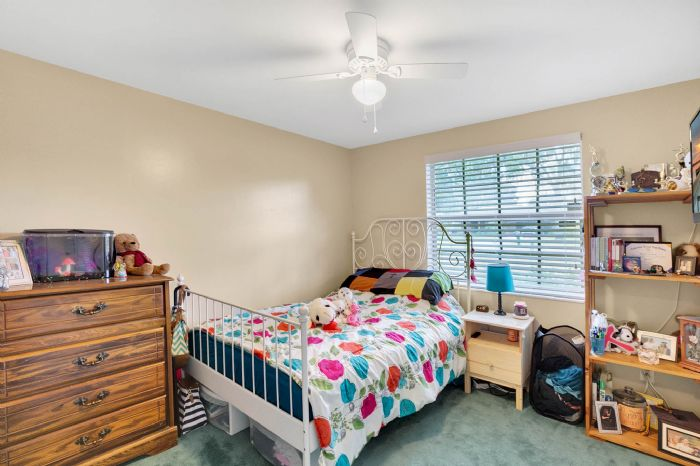 112-lakeview-dr-auburndale-fl-3382319bedroom-4.jpg