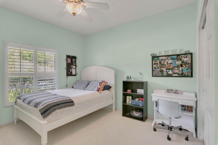1912-precious-cir--apopka--fl-32712----26---bedroom.jpg