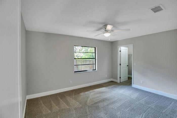 10817-la-vista-loop-riverview-fl-3357817bedroom-2.jpg