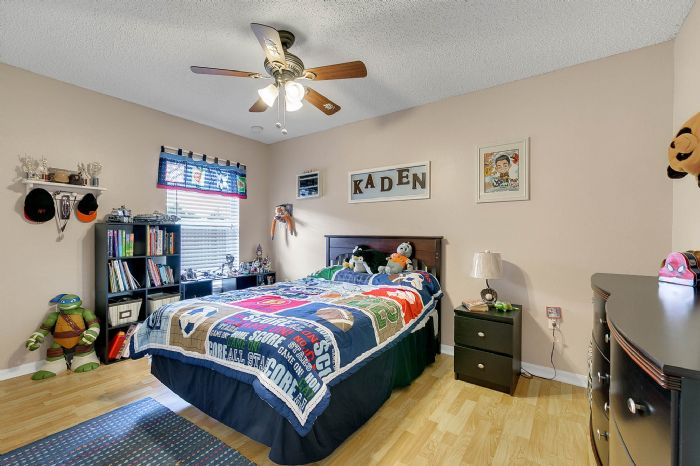 425-yearling-cove-loop--apopka--fl-32703---22---bedroom.jpg