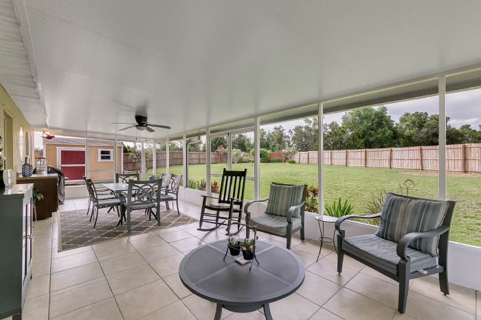 425-yearling-cove-loop--apopka--fl-32703---25---lanai.jpg
