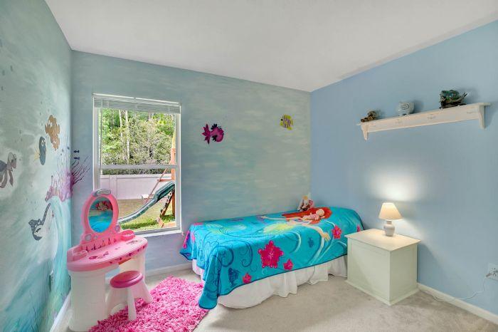 5247-algerine-place-wesley-chapel-fl-3354418bedroom-4.jpg