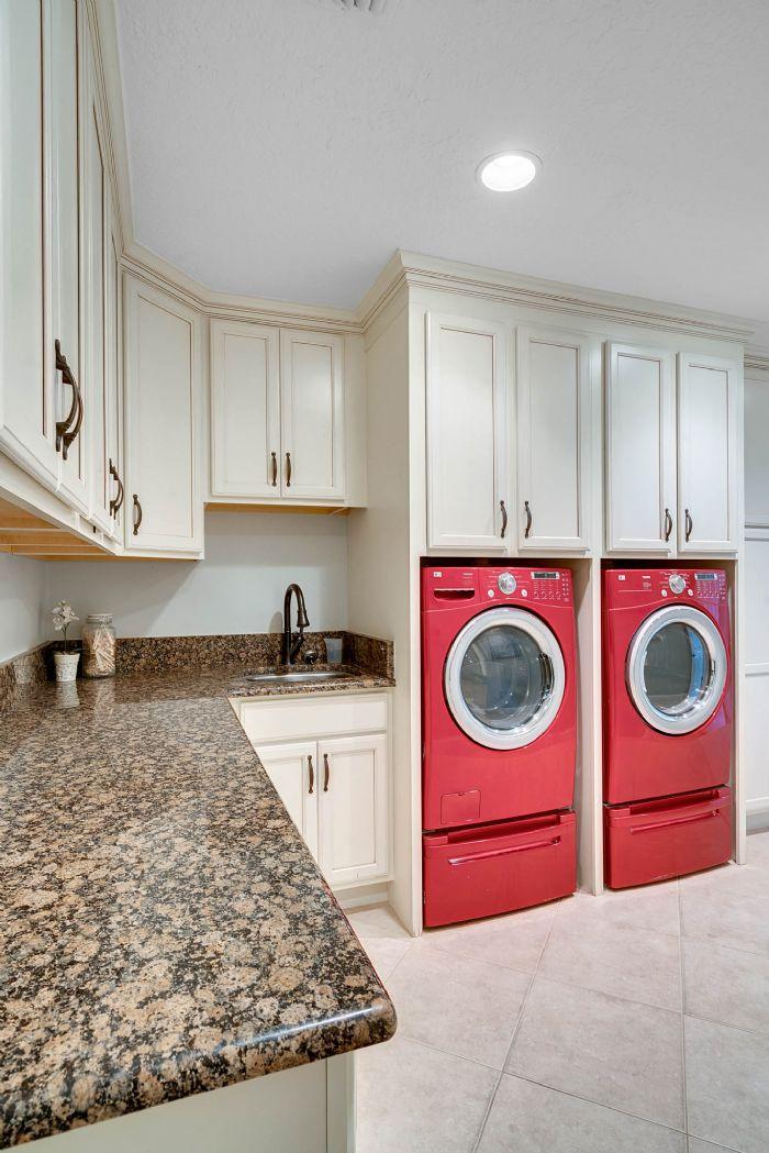 11425-lake-butler-blvd--windermere--fl-34786----40---laundry-room.jpg