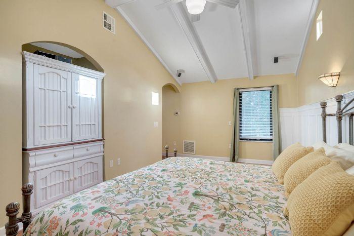 1124-howell-branch-rd--winter-park--fl-32789---28---master-bedroom.jpg