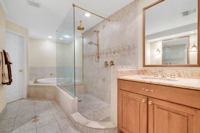 1124-howell-branch-rd--winter-park--fl-32789---30---master-bathroom.jpg