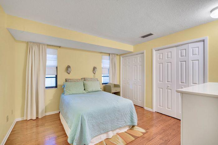 1124-howell-branch-rd--winter-park--fl-32789---34---bedroom.jpg