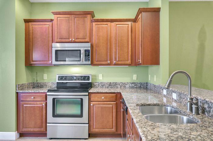 1207-tallow-rd--apopka--fl-32703---10---kitchen.jpg